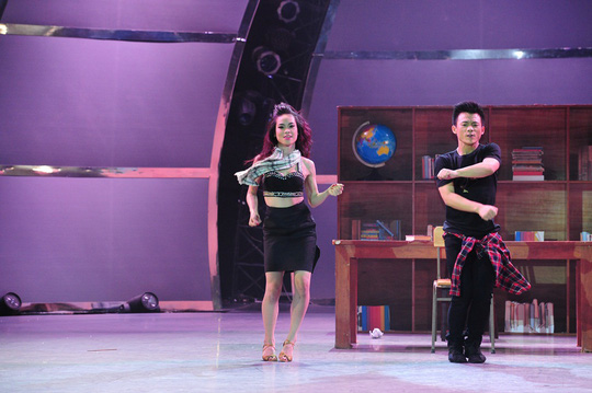 """Sơn Lâm đăng quang """"Thử thách cùng bước nhảy"""" 2014"""