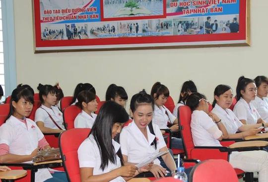 Sinh viên Trường CĐ Lê Quý Đôn tìm hiểu về chương trình tu nghiệp tại Nhật