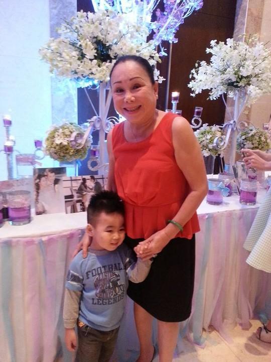 Nghệ sĩ mừng hạnh phúc Lê Khánh – Tuấn Khải