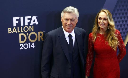 HLV Real Madrid và vợ