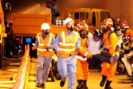 Lực lượng Cảnh sát PCCC TP HCM trong một lần diễn tập chữa cháy