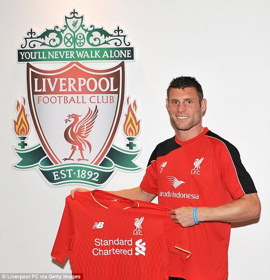 Milner trong buổi ra mắt Liverpool