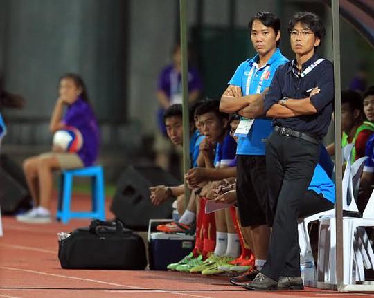 HLV Miura không hài lòng với tấm HCĐ của U23 Việt Nam