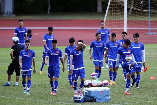 Buổi tập của U23 Việt Nam chiều 1-6