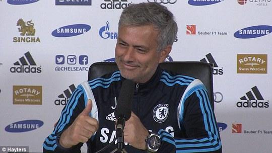 HLV Mourinho tỏ ra tự tin trước trận làm khách trên sân Arsenal
