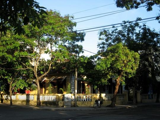 Những ngôi nhà cổ kính làm nên nét riêng cho Huế