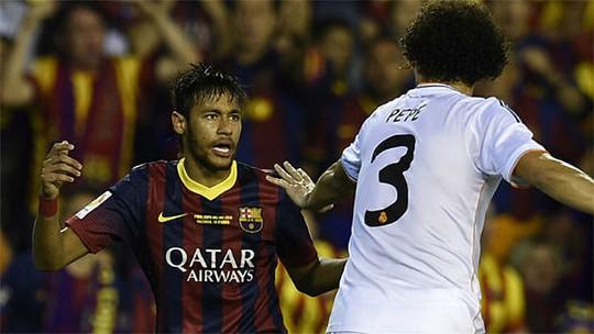 Bị mang tiếng là đồ tể nhưng Pepe (3) vẫn còn kém xa Neymar về số thẻ phạt
