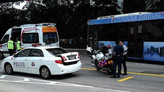 Hiện trường vụ tai nạn bí ẩn. Ảnh: Straits Times