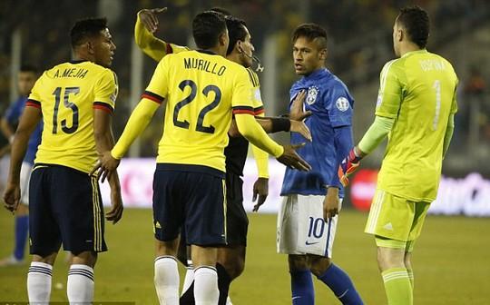 Thiếu kiềm chế, Neymar đã gây tổn thất cho Brazil