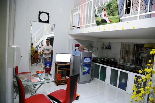 Một số người có tiền mua 2 căn hộ liền kề và cho liên thông tạo thành diện tích 60m2