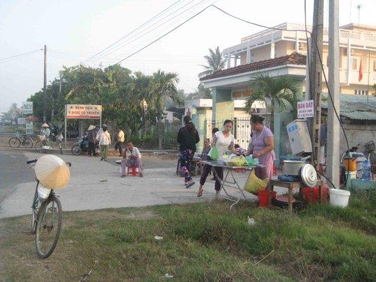 Hiện trường cho thấy tài xế xe Tân Thanh Thủy đã vượt sát lề trái, cách lan can cầu khoảng 4 tấc nên mới gây ra tai nạn thảm khốc