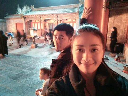 Ngô Thanh Vân và đạo diễn Charlie tự sướng tại trường quay