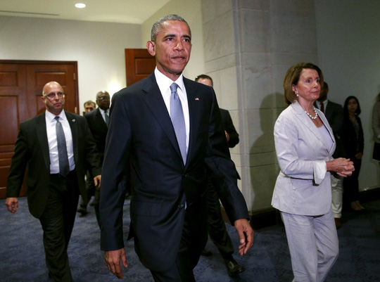 Tổng thống Mỹ Barack Obama tới Hạ viện Mỹ ngày 12-6 để kêu gọi bỏ phiếu ủng hộ TPA  Ảnh: REUTERS