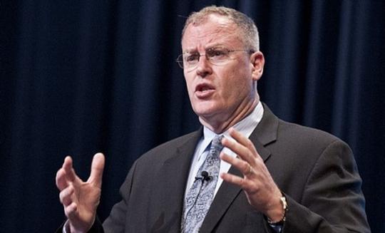 Thứ trưởng Bộ Quốc phòng Mỹ Robert Work. Ảnh: executivegov