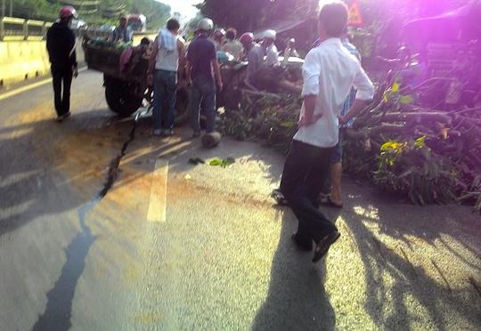 Hiện trường vụ tai nạn xe máy cày