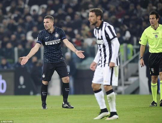 Podolski tỏ ra thích nghi nhanh với Serie A