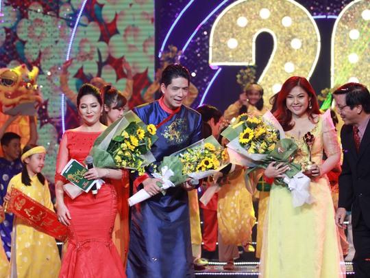 Lễ trao Giải Mai Vàng lần thứ 20-2014 đầy màu sắc