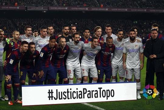 Trận Barcelona - Atletico và biểu ngữ đòi công lý cho Jorge Topo Lopez
