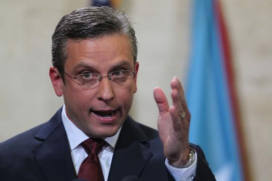 Thống đốc Puerto Rico Alejandro Garcia Padilla  Ảnh: AP