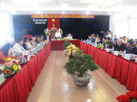 Đoàn giám sát của Ủy ban Thường vụ quốc hội đang giám sát tại Phú Yên
