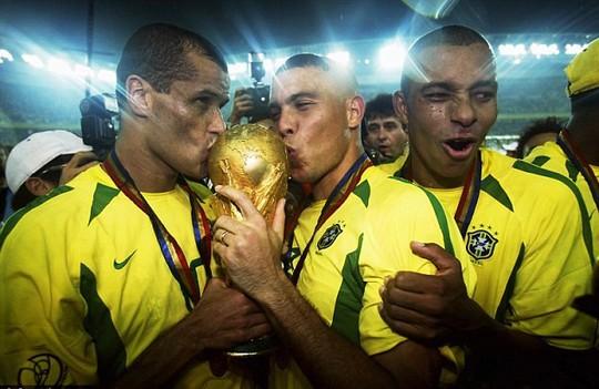 Rivaldo vô địch World Cup 2002