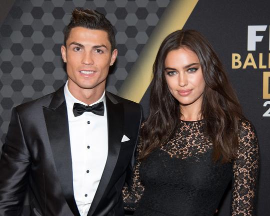 Ronaldo và Irina hạnh phúc trong lễ trao giải Quả bóng vàng 2013