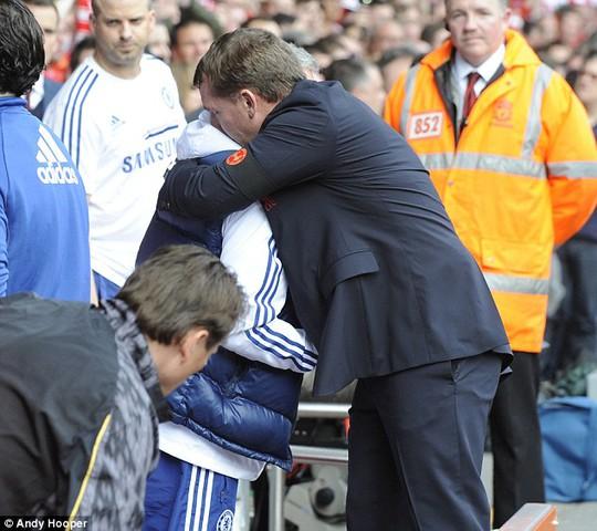 HLV Mourinho và Rodgers từng có thời gian thân thiết nhau