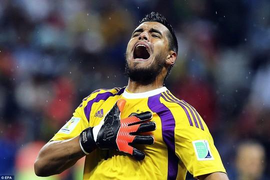 Romero, ứng cử viên thay thế Valdes ở Old Trafford