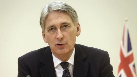 Ngoại trưởng Anh Philip Hammond. Ảnh: Reuters