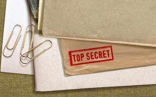 Danh sách về danh tính thật của 3.500 điệp viên Đức bị trộm. Ảnh: Alamy
