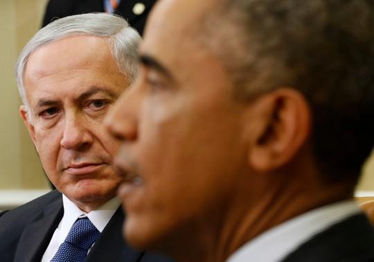 Thủ tướng Israel Benjamin Netanyahu (trái) trong cuộc gặp mặt với Tổng thống Obama hồi năm ngoái. Ảnh: Reuters