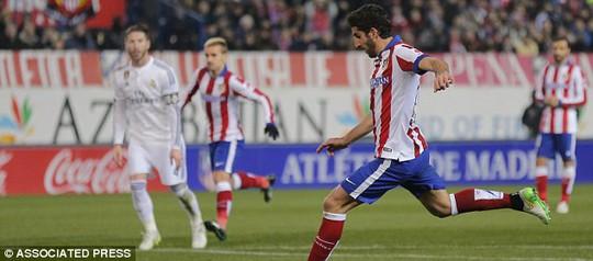 Garcia ghi bàn mở tỉ số cho Atletico
