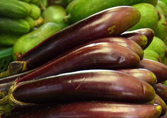 Món cà tím hấp tỏi giúp giảm cholesterol, bảo đảm tính đàn hồi mạch máuẢnh:Tấn Thạnh
