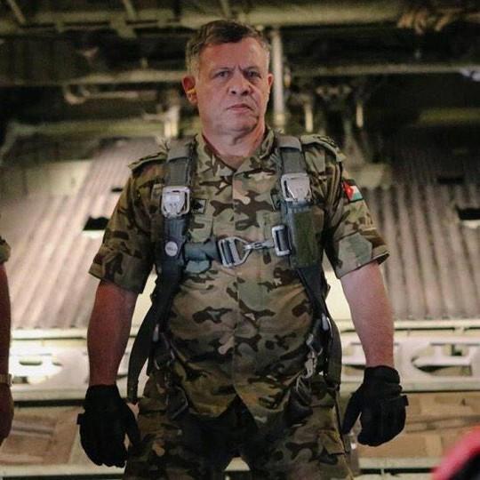 Có tin đồn Quốc vương Abdullah đích thân lái máy bay xuất kích. Ảnh: Twitter