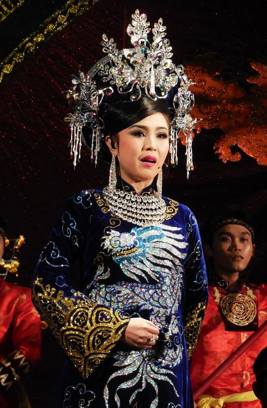 Thy Trang là học trò xuất sắc của nhà giáo, đạo diễn Kim Loan