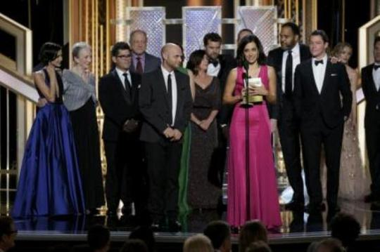 Đoàn phim The Affair nhận giải Phim truyền hình chính kịch xuất sắc nhất.
