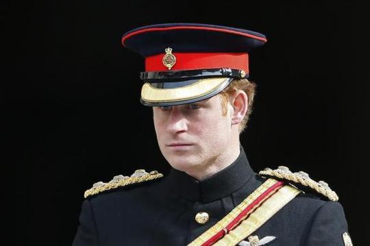 Hoàng tử Harry sẽ rời khỏi quân đội vào tháng 6. Ảnh: Reuters