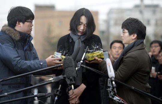 Bà Heather Cho đang đối mặt tội vi phạm luật an toàn hàng không và gây cản trở cuộc điều tra của chính phủ. Ảnh: Reuters