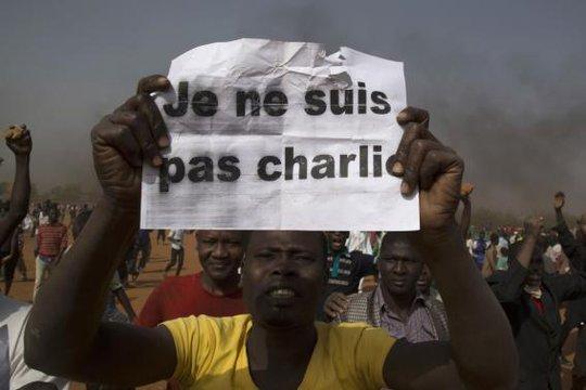 Những cuộc biểu tình của người đạo Hồi lan rộng ở các nước. Ảnh: Reuters