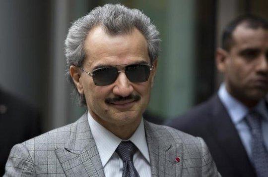 Hoàng tử Alwaleed đang sở hữu khoảng 22,6 tỉ USD và ông đang là người thứ 33 giàu nhất thế giới. Ảnh: Reuters
