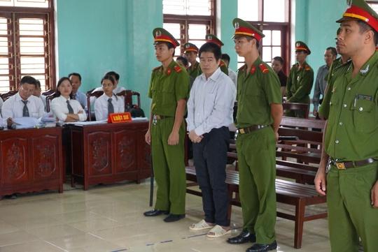 """Bị cáo Tráng A Tàng (Tàng """"Keangnam"""") tại phiên tòa"""