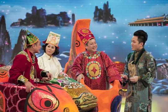Chương trình còn có sự góp mặt của nam ca sĩ Tùng Dương
