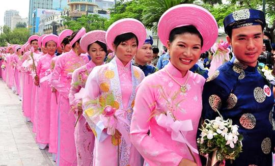 Tổ chức cưới tập thể cho 100 cặp đôi vào dịp 2-9