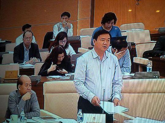 Bộ trưởng GTVT Đinh La Thăng phát biểu. Ảnh chụp qua màn hình