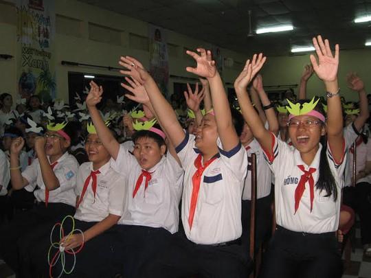 Con CNVC-LĐ TP HCM tham gia Trại hè Thanh Đa
