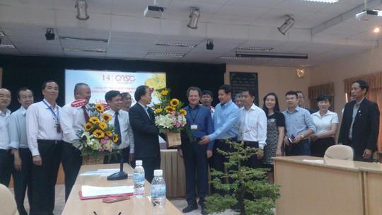 Lãnh đạo UBND TP HCM cùng đại diện một số doanh nghiệp công nghệ thông tin tiêu biểu trong buổi gặp gỡ