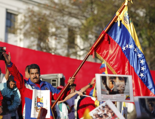Tổng thống Venezuela Nicolas Maduro tại cuộc tuần hành ở thủ đô Caracas hôm 28-2 Ảnh: Reuters