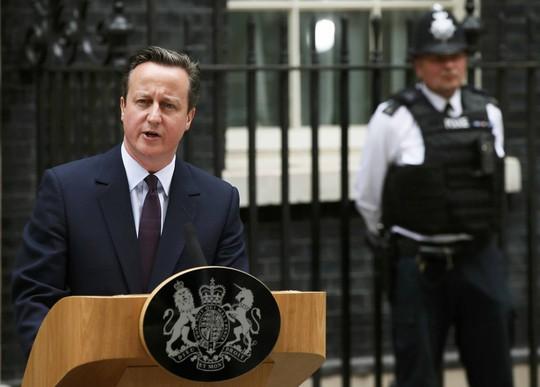 Thủ tướng Anh David Cameron phát biểu sau khi thắng cử hôm 8-5Ảnh: Reuters