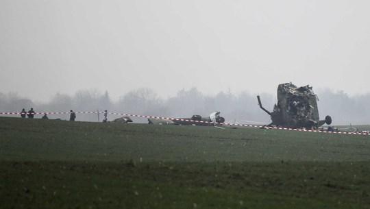 Hiện trường tai nạn trực thăngẢnh: REUTERS