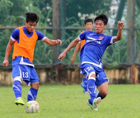 HLV Miura hy vọng không có thêm cầu thủ nào chấn thương trước khi Olympic Việt Nam đấu với chủ nhà tối 27-3Ảnh: Tuấn Minh